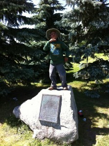 statue Cameron