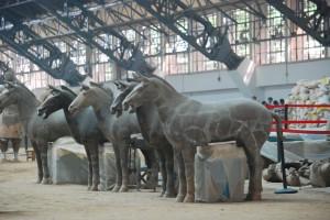 repair terracotta horse