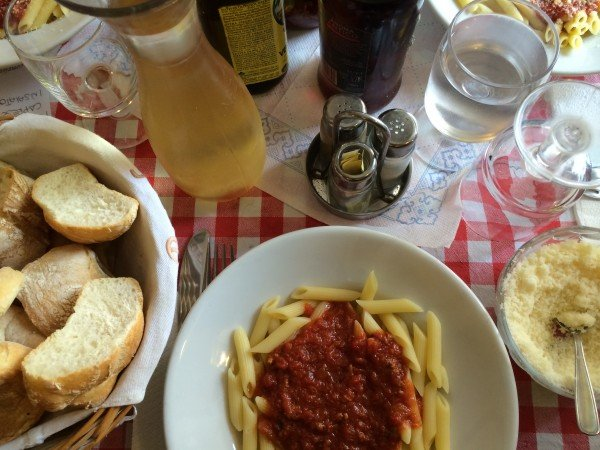 Spaghetti in Italy - Tips for Enjoying a Culinary Travel Adventure by GlobetrottingMama.com