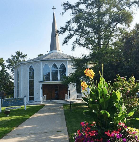GlobetrottingMama.com's Trip to Niagara - St. Vincent de Paul