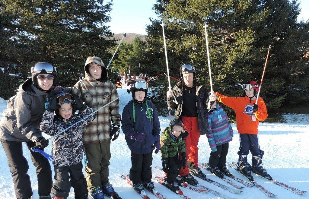 Julie Cole's Family - Tips for Traveling with a Big Family