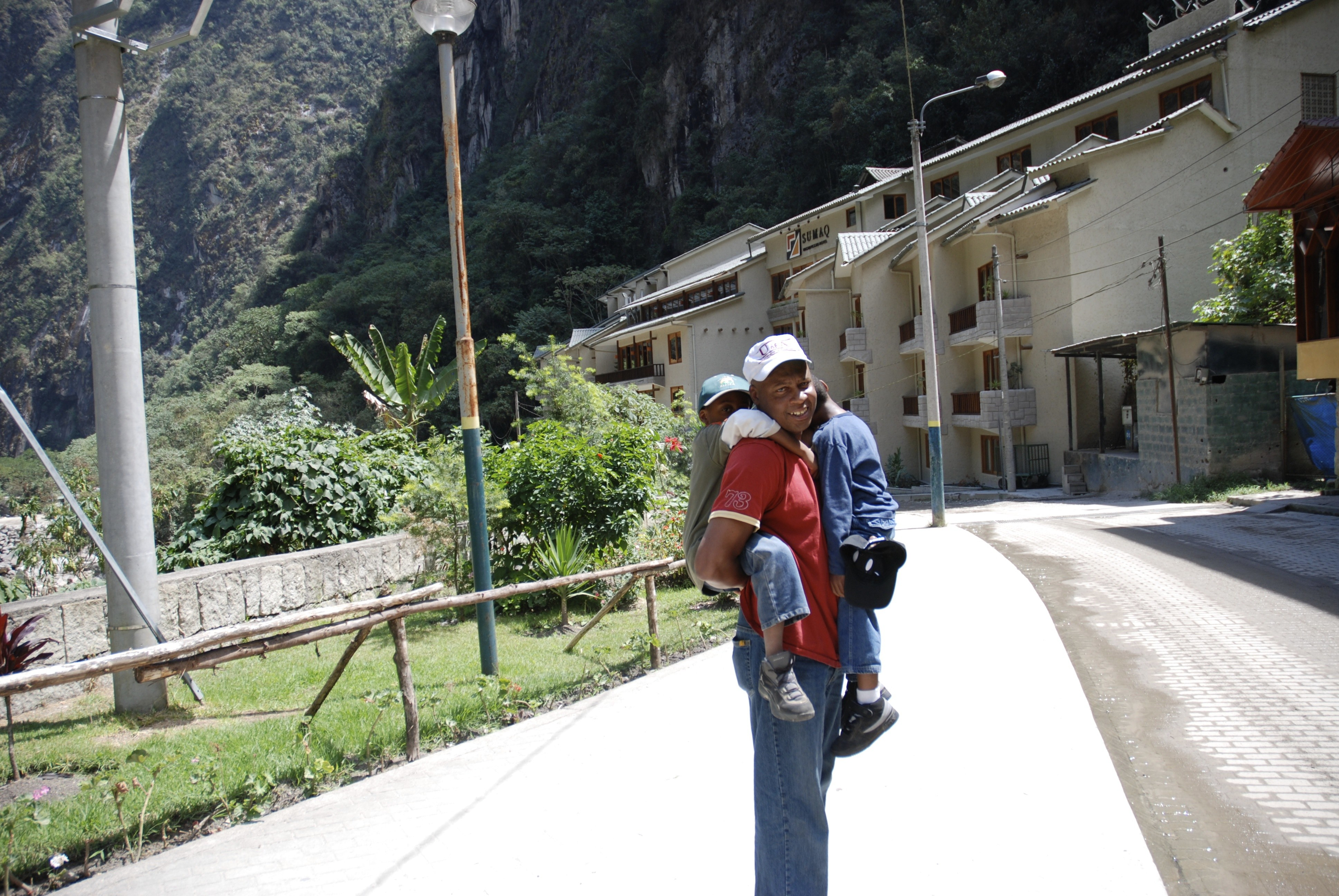 Travel with young kids. Here's why you should on GlobetrottingMama.com Photo3