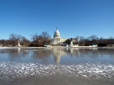 Escape to Washington DC this Winter - more travel deals and destinations on Globetrotting Mama
