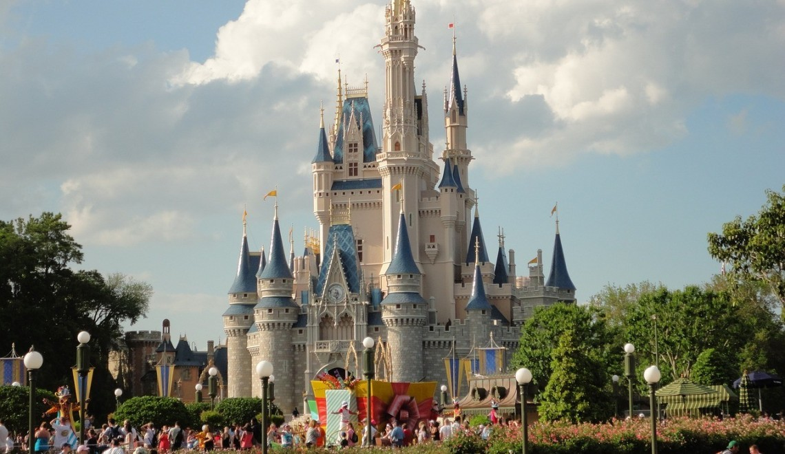Travel Deals and Destinations – Popular Disney Offer is Back + An Unforgettable Girls' Weekend