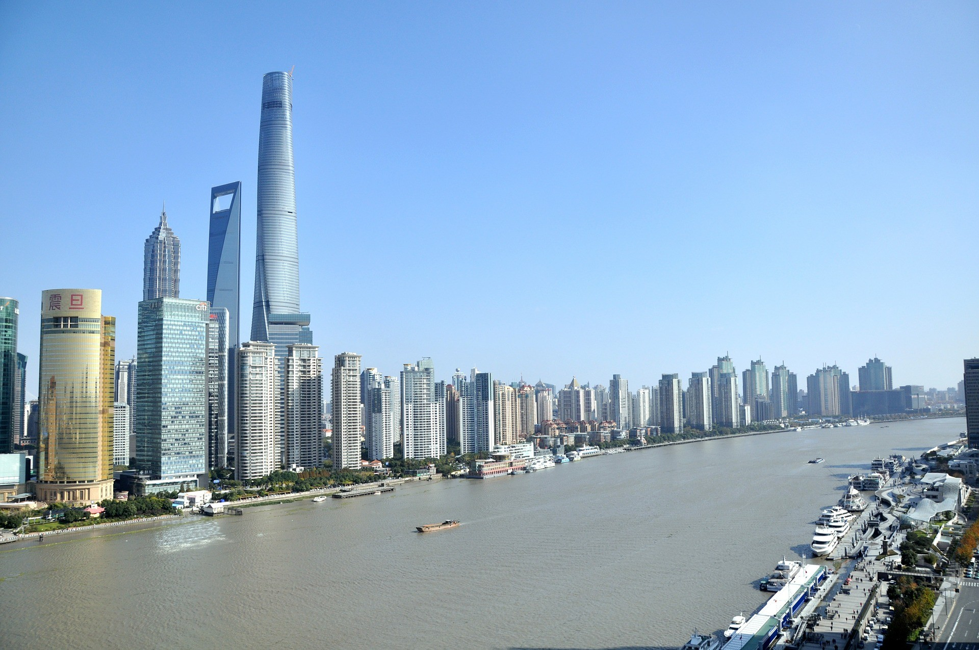 travel-deals-on-globetrotting-mama-city-of-shanghai