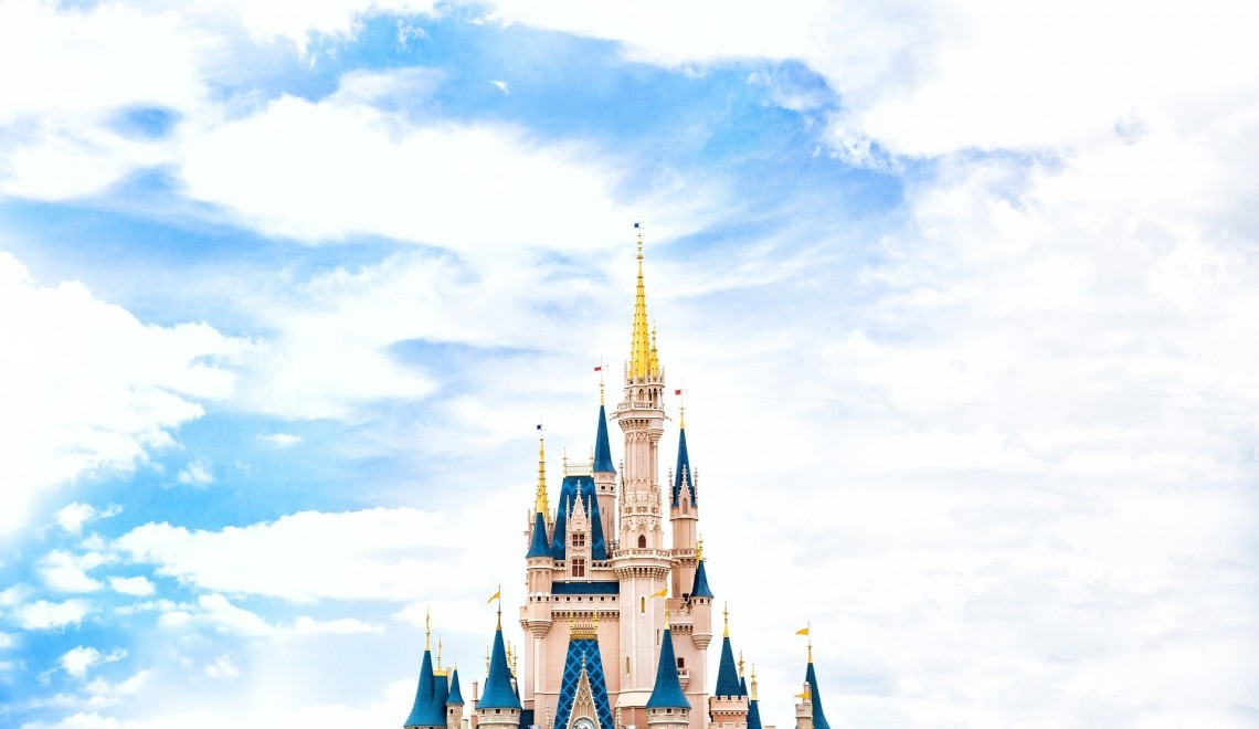 Budget Disney Vacation - Globetrotting Mama